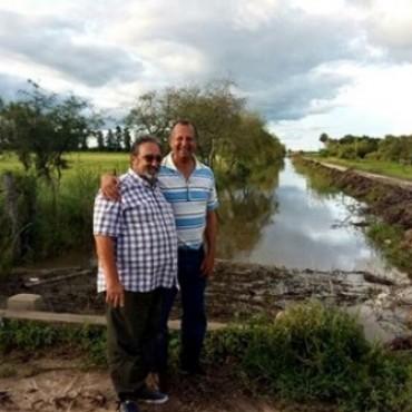 EL INTENDENTE PAPP Y EL  DIRECTOR DE LA APA SUPERVISARON EL ESCURRIMIENTO DE LOS CANALES