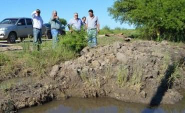 EL INTENDENTE EVALUÓ LA SITUACIÓN DE LOS CANALES DE DESAGÜES LUEGO DE LOS TRABAJOS REALIZADOS