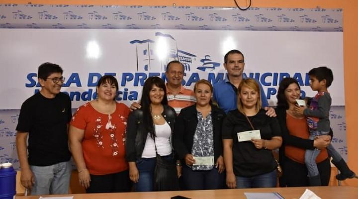 MINISTERIO DE INDUSTRIA Y MUNICIPIO ENTREGARON ASISTENCIA A MICRO PYMES