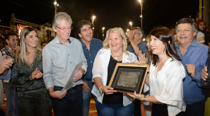 LEGISLADORES PARTICIPARON DE LA ÚLTIMA NOCHE DE LOS CARNAVALES DE SAN MARTÍN