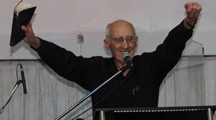 HOY CUMPLE 80 AÑOS EL PASTOR DAVID FUERTES