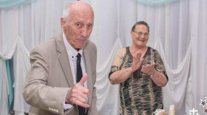 IGLESIA BUENAS NUEVAS CELEBRO LOS 80 AÑOS DE SU PASTOR