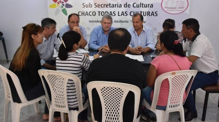 DOCENTES AUTOCONVOCADOS Y MUNICIPIO TRABAJAN PARA LA ENTREGA DE TERRENOS