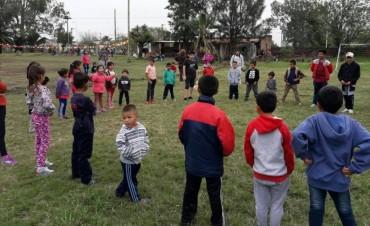 FESTEJOS POR EL MES DEL NIÑO EN LA CANCHA JUVENTUD DEL BARRIO SUR