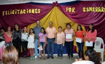 ENTREGAN MÁS DE 150 CERTIFICADOS DE TALLERES  EN LA BIBLIOTECA MARCELO DE PHILIPPIS