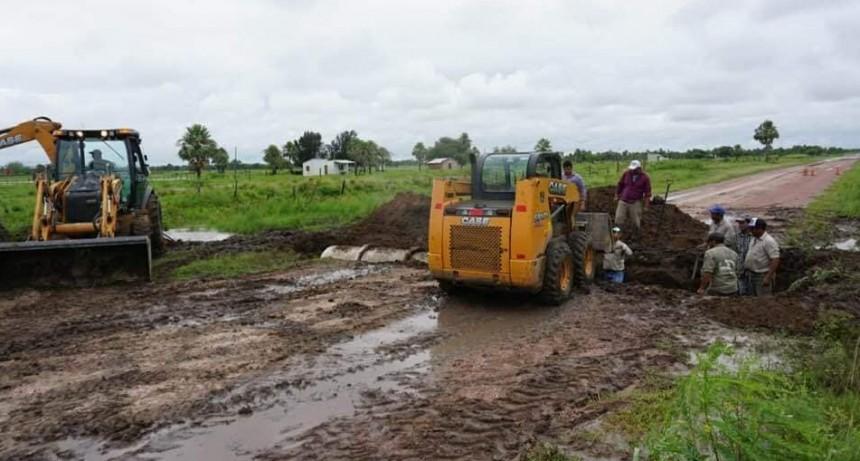 ENRIQUE URIEN: DESBORDÓ CANAL DEL RÍO MUERTO