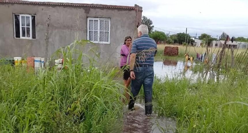EL MUNICIPIO DE CORONEL DU GRATY ASISTE A LAS FAMILIAS AFECTADAS POR EL AGUA