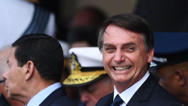 BOLSONARO OFRECIÓ INSTALAR UNA BASE MILITAR YANQUI EN BRASIL