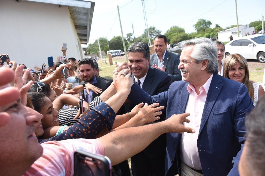 """VISITA PRESIDENCIAL: """"SABEMOS QUE, CON ALBERTO FERNÁNDEZ, LA ARGENTINA Y EL CHACO SE PONEN DE PIE"""", DIJO CAPITANICH"""