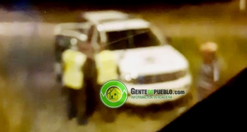 ESPECTACULAR OPERATIVO DE GENDARMERÍA, TRAS HALLAR ACEITE DE CANNABIS EN UN MICRO