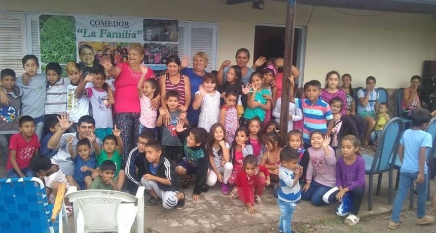 """GRACIAS A LA SOLIDARIDAD DE LA GENTE LOS CHICOS DEL COMEDOR """"LA FAMILIA"""" CELEBRARON REYES"""