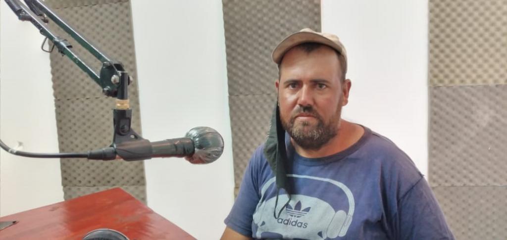 VECINOS DE LA LOCALIDAD PIDEN MEJORAS EN EL SERVICIO DE AGUA POTABLE