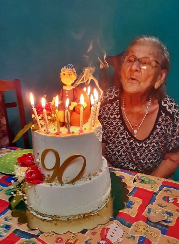 EMILIA, LA MADRE DE UN HÉROE DE MALVINAS CUMPLIÓ SUS 90 AÑOS