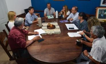 EL INTENDENTE PAPP Y CONCEJALES SE REUNIERON CON GUSTAVO MARTÍNEZ PARA INTERCAMBIAR EXPERIENCIAS DE TRABAJO