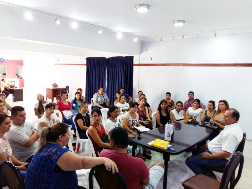 DOCENTES SOLICITARON  AYUDA HABITACIONAL AL INTENDENTE PAPP