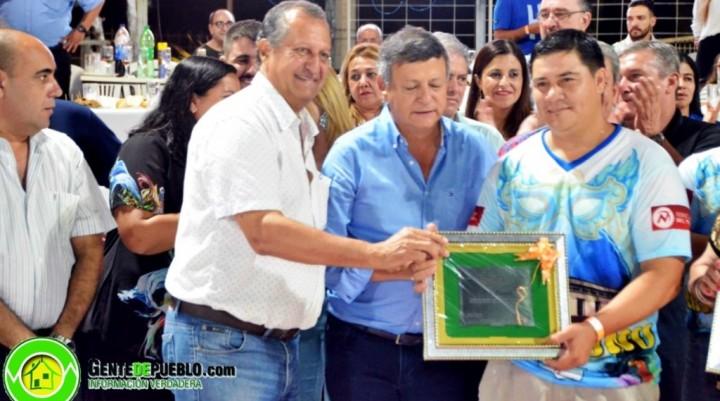 RECONOCIMIENTOS A FUNCIONARIOS Y COMPARSAS EN EL CARNAVAL DE ORO DE VILLA ÁNGELA