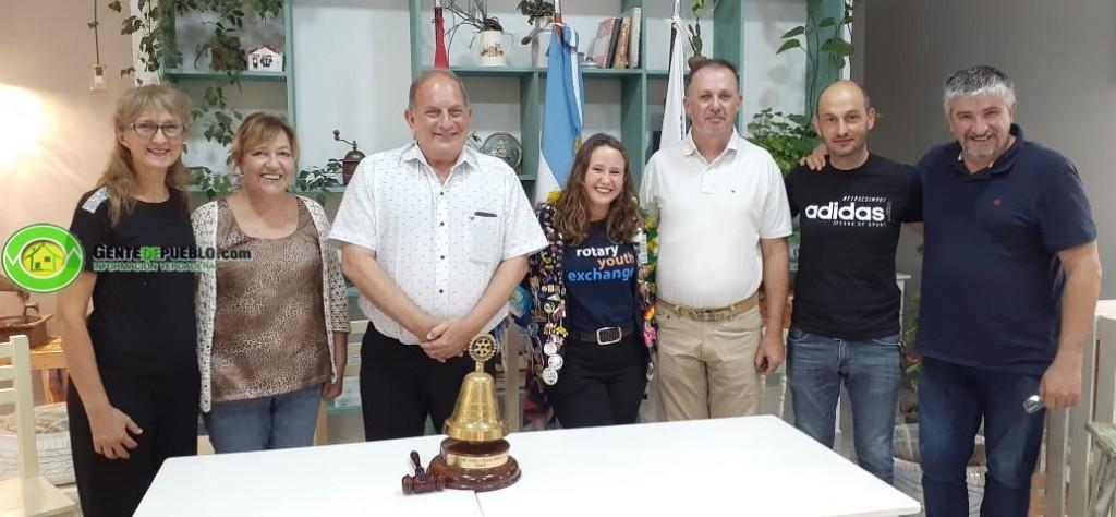 TANIA LEVY POR MEDIO DEL ROTARY CLUB, VIVIÓ UN AÑO EN BRASIL