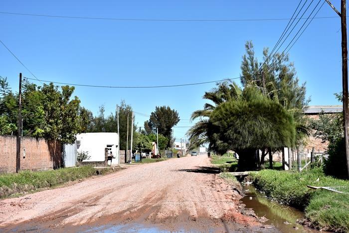 EL MUNICIPIO CONTINÚA CON EL RIPIADO EN CALLES DE MAYOR TRÁNSITO