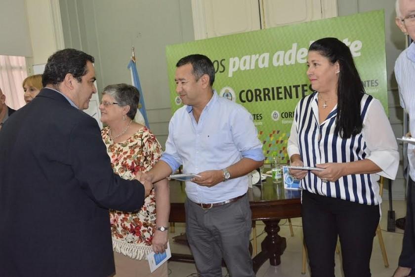 CON PRESENCIA VILLANGELENSE PRESENTÓ EL CD DE LOS GANADORES DE LA PRE FIESTA NACIONAL DEL CHAMAMÉ 2016