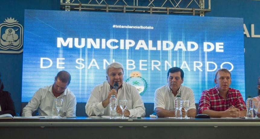 SAN BERNARDO: EL INTENDENTE MIGUEL SOTELO DIO INICIO A LAS SESIONES ORDINARIAS DEL CONCEJO MUNICIPAL