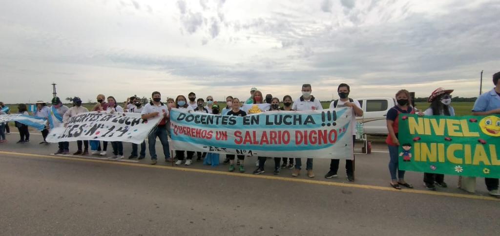 """""""ESTAMOS ENSEÑANDO A DEFENDER LOS DERECHOS"""""""