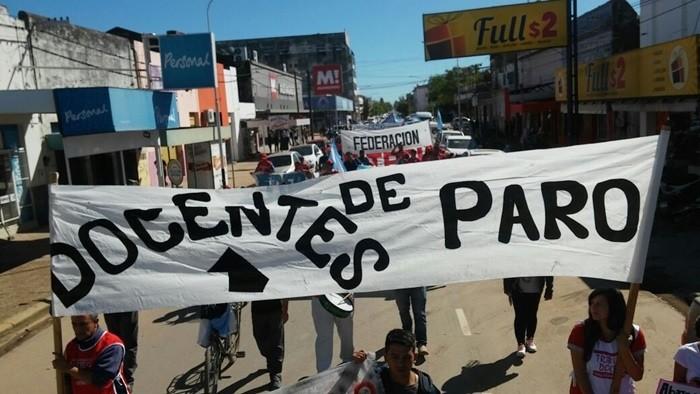 MASIVA MOVILIZACIÓN DE SITECH POR LAS CALLES DE LA CIUDAD