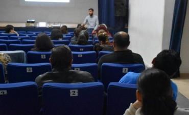 MAS DE 50 PERSONAS PARTICIPARON DE LA PRIMERA JORNADA DE CAPACITACIÓN PARA EMPRENDEDORES CULTURALES