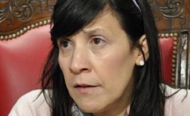 """ELI CUESTA A CURÍN: """"SE TERMINARON LOS MATONES EN ESTA LEGISLATURA"""""""