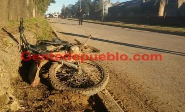 GRAVE ACCIDENTE ENTRE UN CICLISTA Y UN MOTOCICLISTA