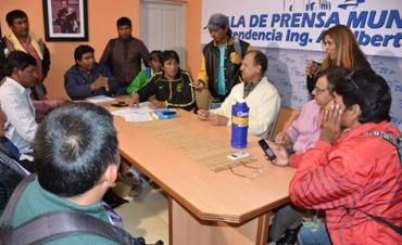 """PAPP RECIBIÓ A DIRIGENTES DE LA COLONIA """"EL PASTORIL"""" Y SE COMPROMETIÓ A DAR RESPUESTAS"""