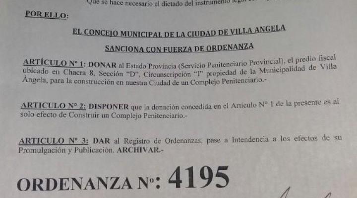 """CONCEJAL RAUL FERNANDEZ: """"A LA PLATA PARA CONSTRUCCIÓN DEL COMPLEJO PENITENCIARIO DE VILLA ANGELA SE LA COMIÓ LA VACA"""""""