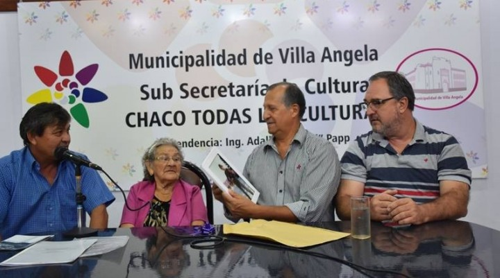 EMILIA FERNÁNDEZ RELATO SU VISITA A LA TUMBA DE SU HIJO EN MALVINAS