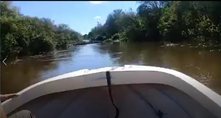 UN PRODUCTOR MOSTRO EN UN VIDEO EL PESIMO ESTADO EN EL QUE ESTA EL RIO MUERTO