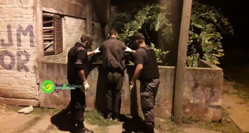LA POLICÍA DETUVO A UN VILLANGELENSE QUE ANDABA PASEANDO POR LA VÍA PUBLICA