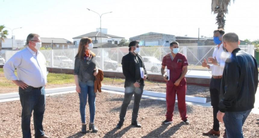 LA MINISTRA DE SALUD SUPERVISÓ OBRAS EN EL HOSPITAL DE CASTELLI Y ACORDÓ ESTRATEGIAS DE CIRCULACIÓN