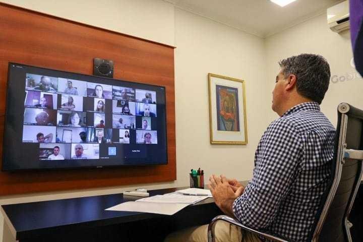 ENCUENTRO DEL GOBIERNO Y PROFESIONALES CHAQUEÑOS PARA AVANZAR EN EL LOTEO URBANO DE 1600 PREDIOS
