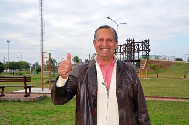 EL INTENDENTE ADALBERTO PAPP SALUDO A LOS TRABAJADORES EN SU DÍA