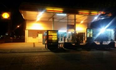VIOLENTO ROBO EN LA ESTACIÓN DE SERVICIO SHELL