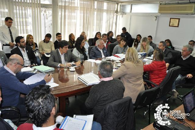 El Directorio de Sameep respondió consultas de los legisladores durante más de cinco horas