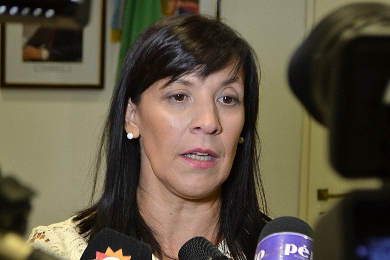 """ELIDA CUESTA: """"HAY QUE OTORGAR EL DESAFUERO Y QUE EL MINISTRO SE DEFIENDA EN LA JUSTICIA"""""""