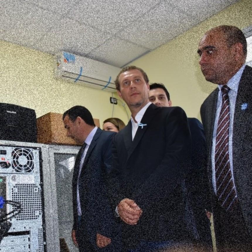 SOLICITAN LA DETENCIÓN DEL MINISTRO DE INFRAESTRUCTURA FABIÁN ECHEZARRETA