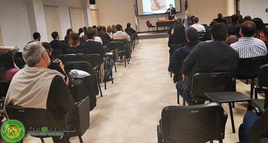 NI LA LLUVIA DETUVO LA CAPACITACIÓN ORGANIZADA POR EL COLEGIO DE ABOGADOS DE VILLA ÁNGELA