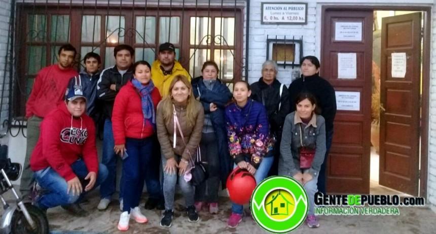 VECINOS DE LA QUINTA 5 RECLAMARON FRENTE A SECHEEP POR MEJORAS EN EL SERVICIO