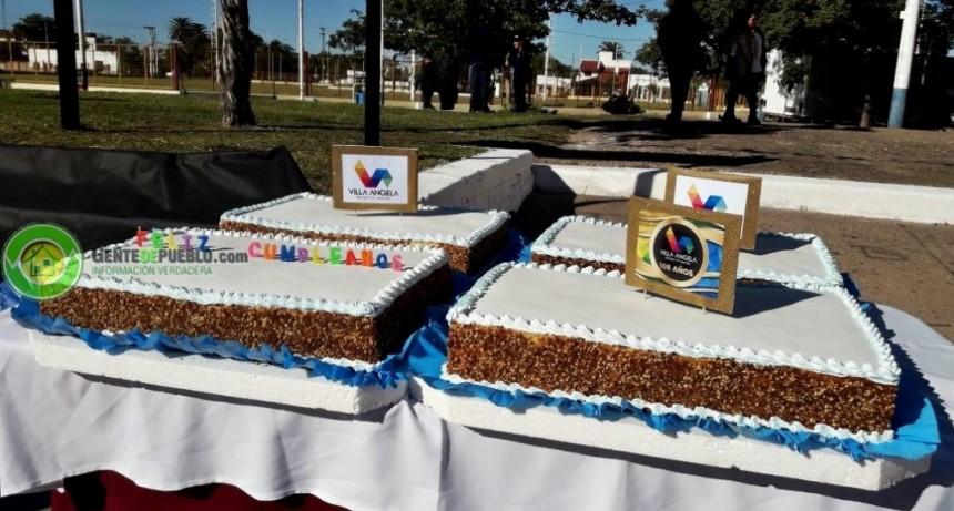 UNA TORTA DE 60 KILOS PARA COMPARTIR EN EL CUMPLEAÑOS 108 DE LA CIUDAD