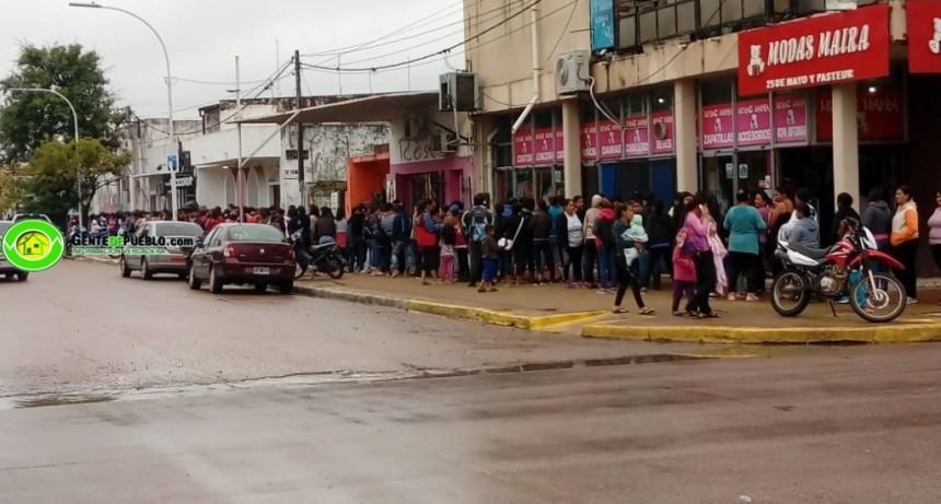 CON RECURSOS PROPIOS EL MUNICIPIO AFRONTA LA ASISTENCIA EN ESTA EMERGENCIA HÍDRICA