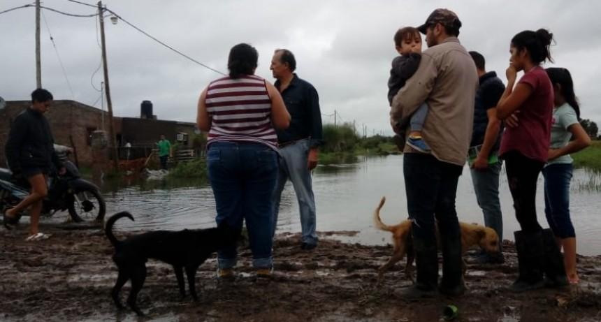 PAPP RECORRIÓ SECTORES BAJOS DE LA CIUDAD Y MANIFESTÓ SU COMPROMISO CON LAS FAMILIAS MÁS HUMILDES