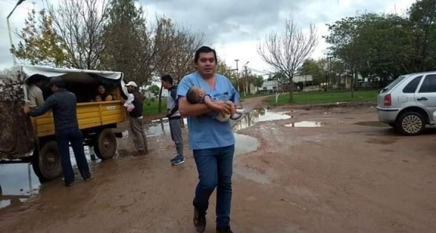 UN NIÑO FALLECIO CUANDO ERA EVACUADO DE SU VIVIENDA EN LA ZONA RURAL