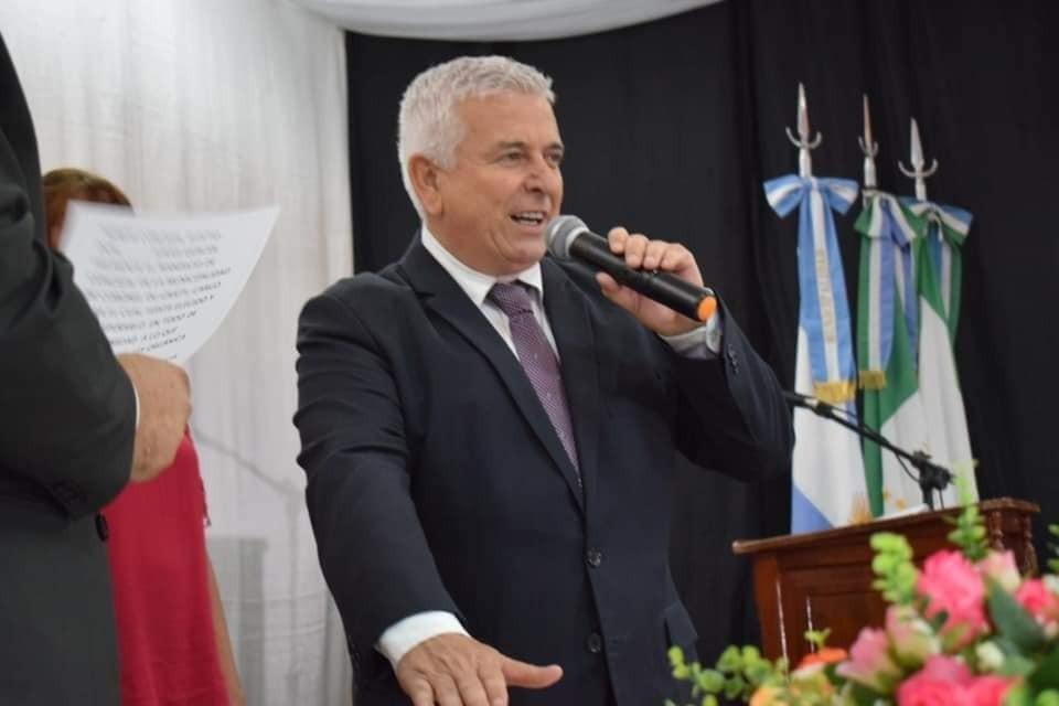 POLINI ANUNCIO DEL CASO SOSPECHOSO DE COVID 19 EN LA LOCALIDAD Y LLAMO A QUEDARSE EN CASA