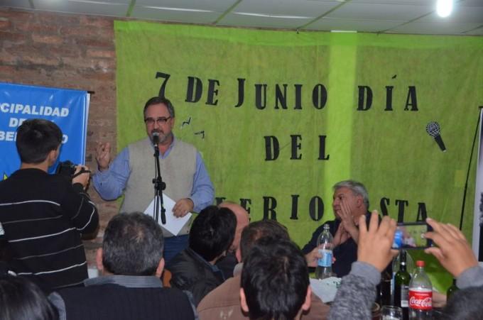 MIGUEL SOTELO AGASAJO Y RECONOCIÓ A LOS PERIODISTAS DE SAN BERNARDO