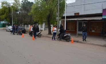 LUEGO DE 2 DE MESES DE ACTAS DE REFERENCIA, TRÁNSITO DE VILLA ÁNGELA COMENZÓ A EMITIR ACTAS DE INFRACCIÓN
